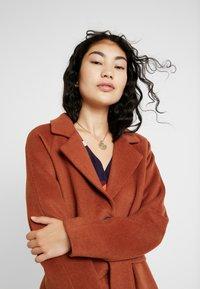Object Tall - OBJLENA COAT - Zimní kabát - brown patina - 3