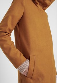 Object Tall - OBJSUSAN COAT - Classic coat - buckthorn brown - 5
