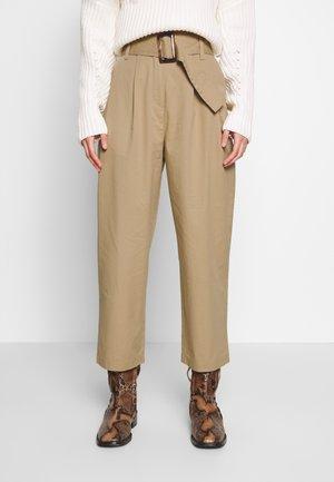 OBJWELA PANT - Trousers - incense