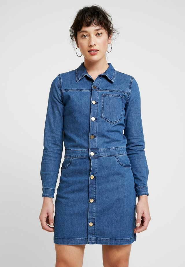 OBJLAIA DRESS - Denim dress - medium blue denim