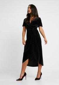 Object Petite - OBJHONEY NOREENA DRESS - Maxi šaty - black - 0