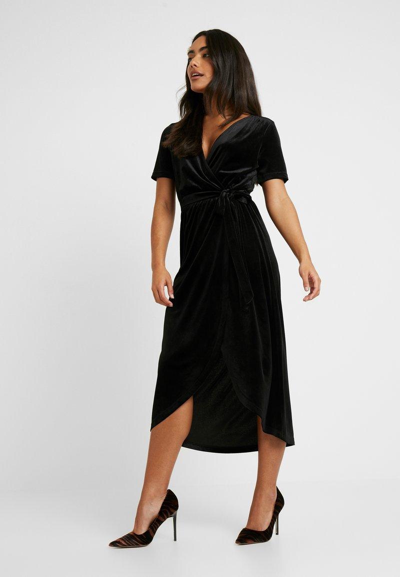 Object Petite - OBJHONEY NOREENA DRESS - Maxi šaty - black