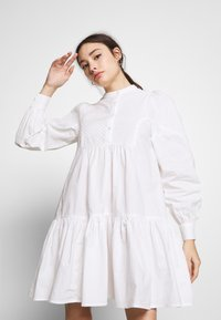 Object Petite - OBJALYSSA DRESS - Shirt dress - white - 4