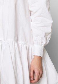 Object Petite - OBJALYSSA DRESS - Shirt dress - white - 6