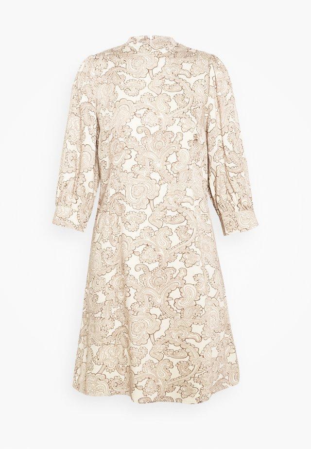 OBJRILEY SHORT DRESS PETIT - Shirt dress - sandshell