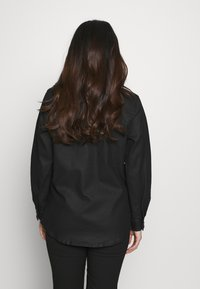 Object Petite - OBJBELLE OWEN JACKET - Lehká bunda - black - 2