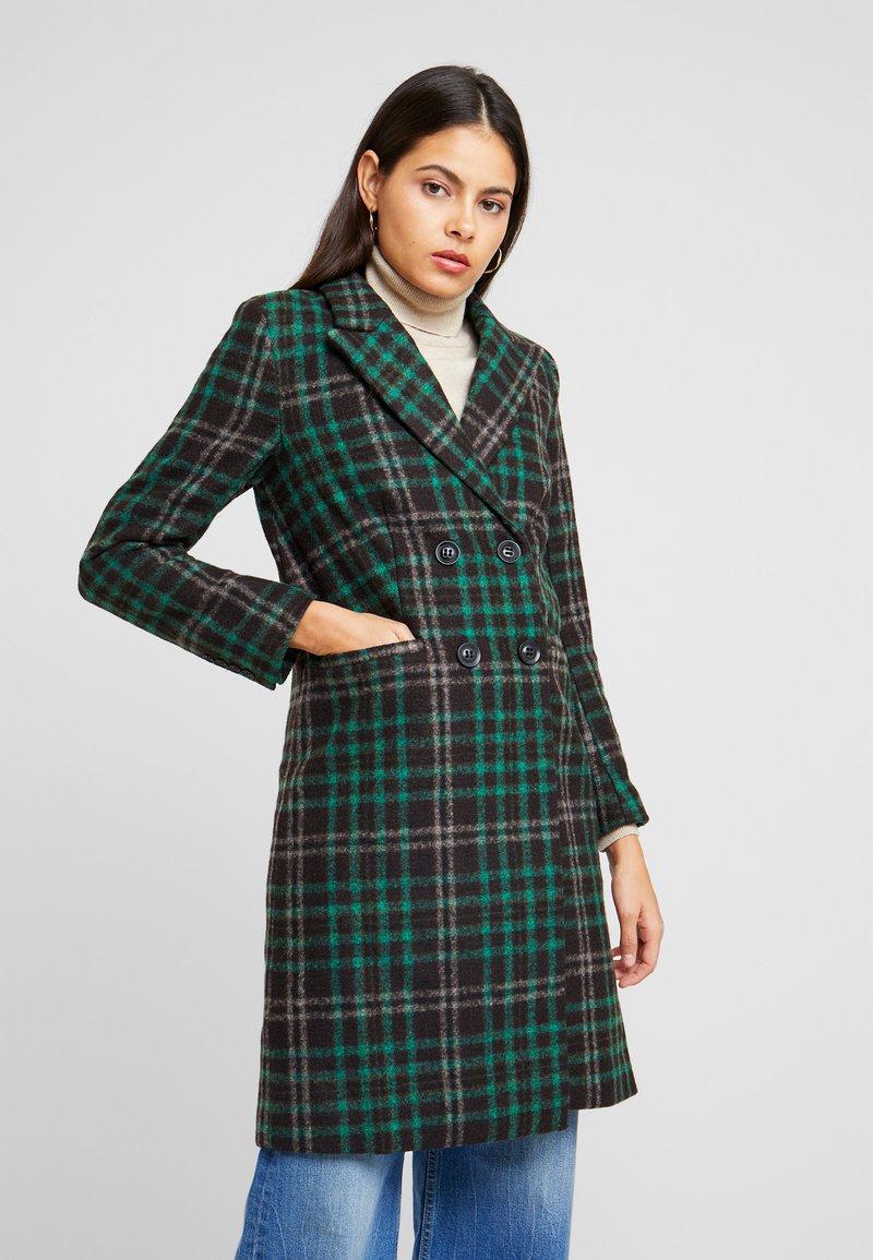 Object Petite - OBJLINA CHECK COAT - Zimní kabát - fern green/black/white