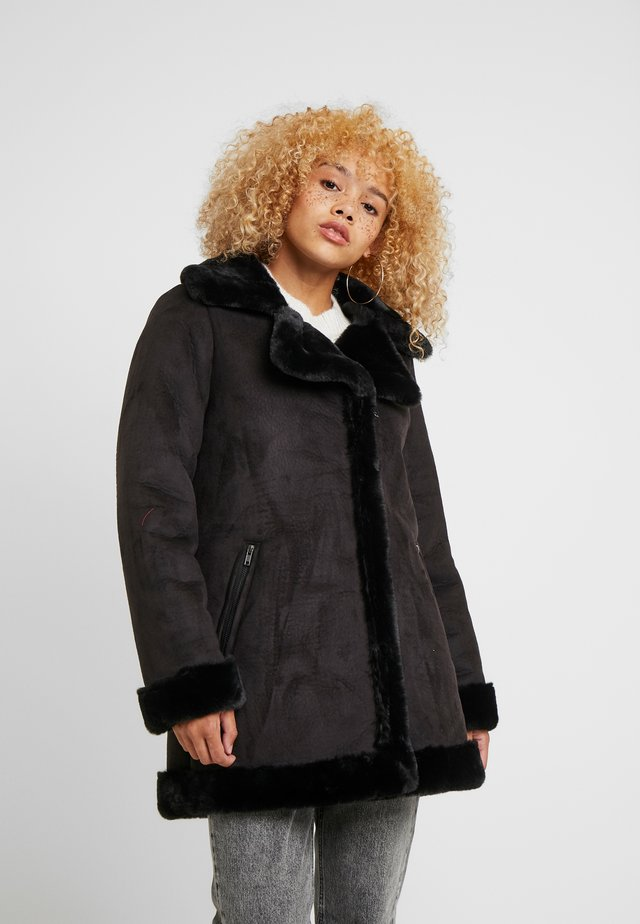 OBJAUDREY COAT - Kurzmantel - black