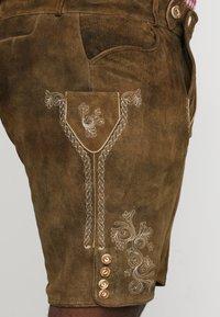 Stockerpoint - BEPPO BIG NEW - Kožené kalhoty - havanna - 4