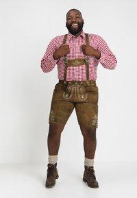 Stockerpoint - BEPPO BIG NEW - Kožené kalhoty - havanna - 1
