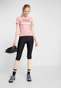 ODLO - STAND UP COLLAR FULL ZIP FUJIN PRINT - T-shirts med print - faded rose - 1