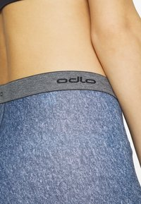 ODLO - BOTTOM SHORT SUMMER SPLASH - Tights - diving navy melange
