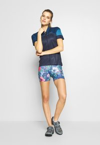 ODLO - BOTTOM SHORT SUMMER SPLASH - Tights - diving navy