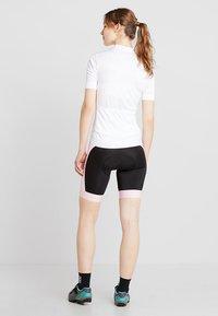 ODLO - WOMEN PERFORMANCE SHORTS - Leggings - candy pink - 2