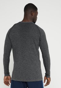 ODLO - CREW NECK SEAMLESS - Koszulka sportowa - grey melange - 2