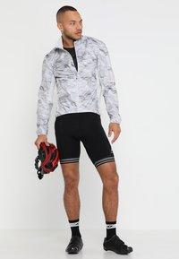 ODLO - CREW NECK ZEROWEIGHT - T-Shirt print - graphite grey/black - 1