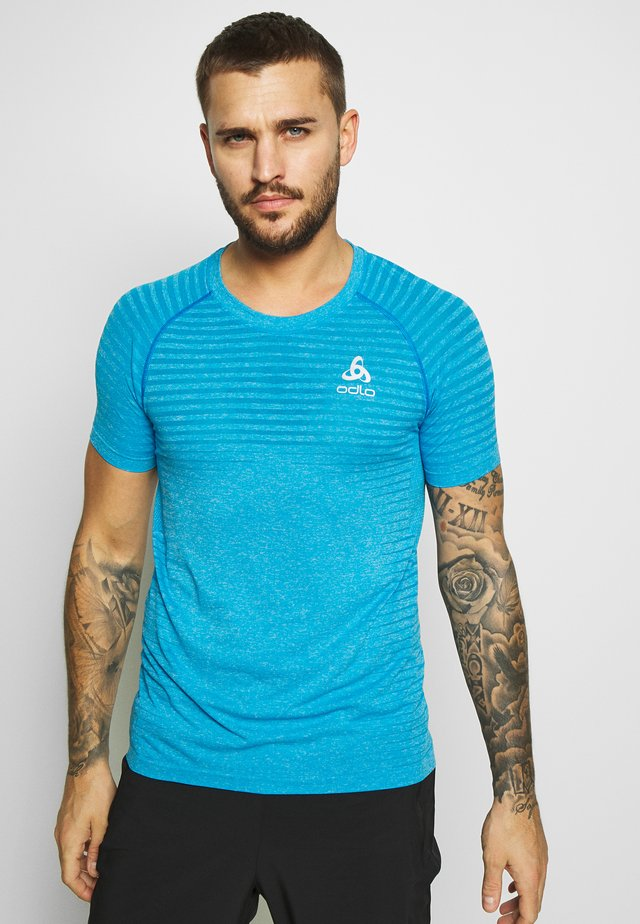 CREW NECK SEAMLESS ELEMENT - T-shirt z nadrukiem - blue aster melange