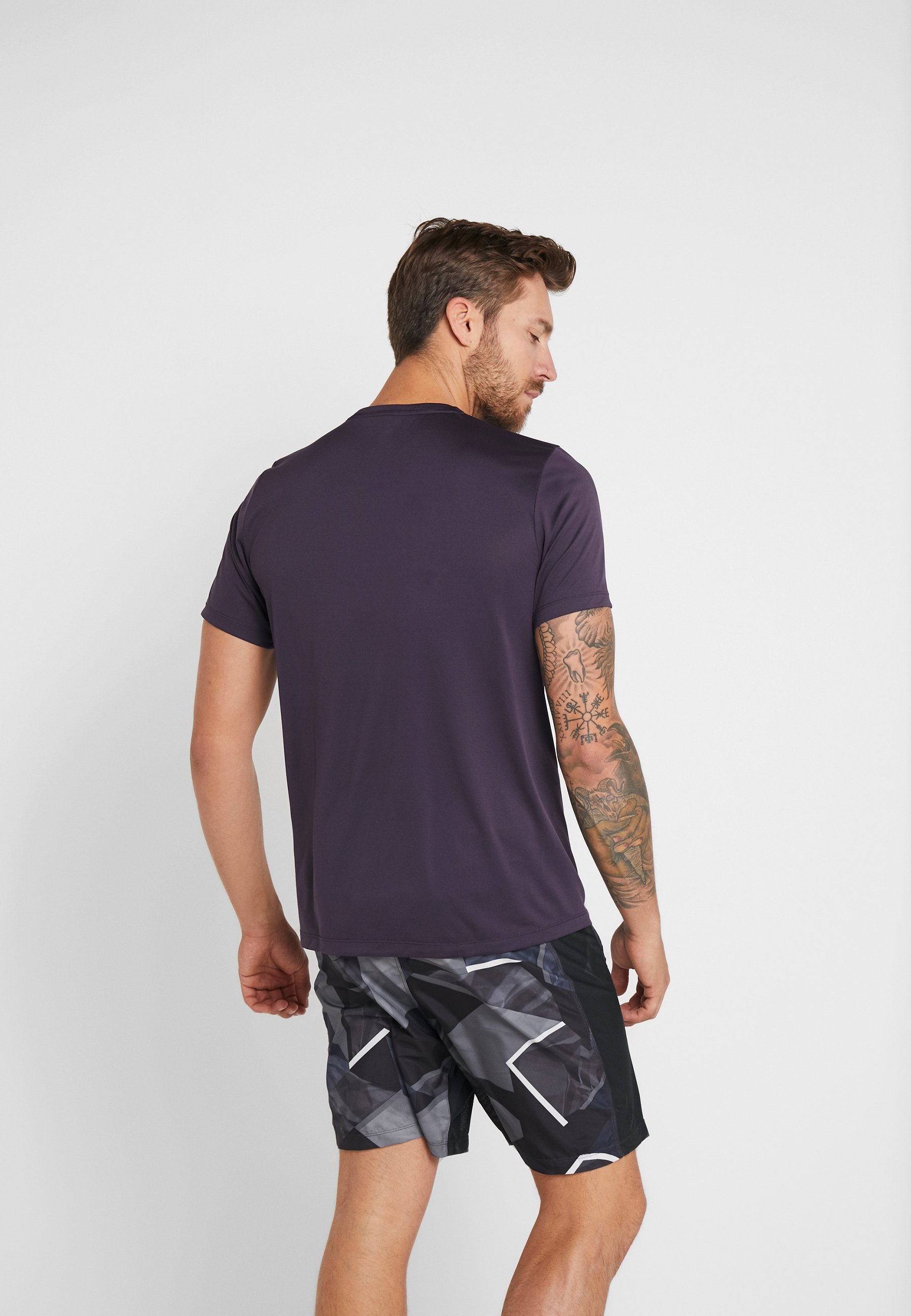 Element Crew Nightshade Basic Odlo shirt Neck LightT 80XNknPwO