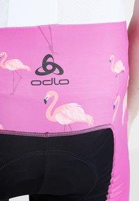 ODLO - MEN PERFRORMANCE SHORTS - Tights - pink - 3