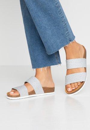 OSLO - Domácí obuv - silver glitter