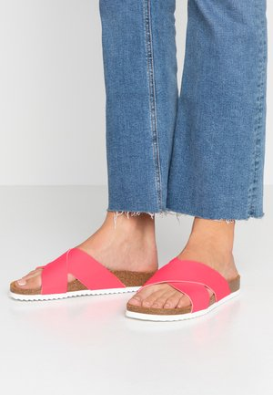 HOXTON  - Slippers - pink fluro