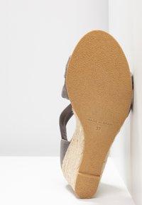 Office - MAIDEN - Wedge sandals - grey - 6
