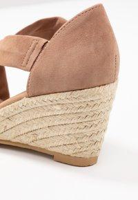Office - MAIDEN - Wedge sandals - nude - 2