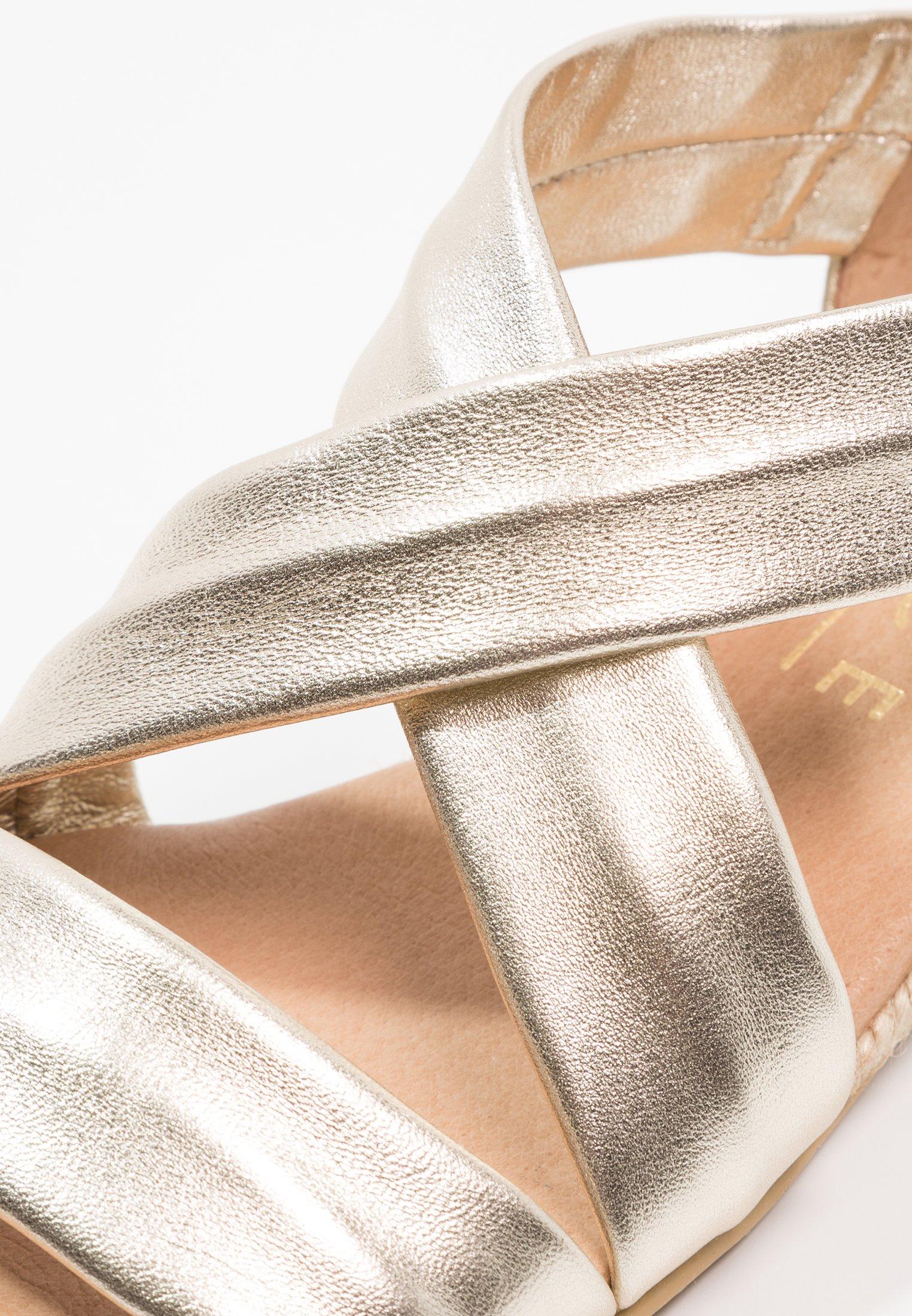 Office HALLIE - Sandały na koturnie - gold