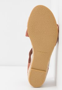 Office - HALLIE - Wedge sandals - terracotta/rose gold - 6
