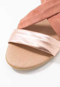 Office - HALLIE - Wedge sandals - terracotta/rose gold - 2