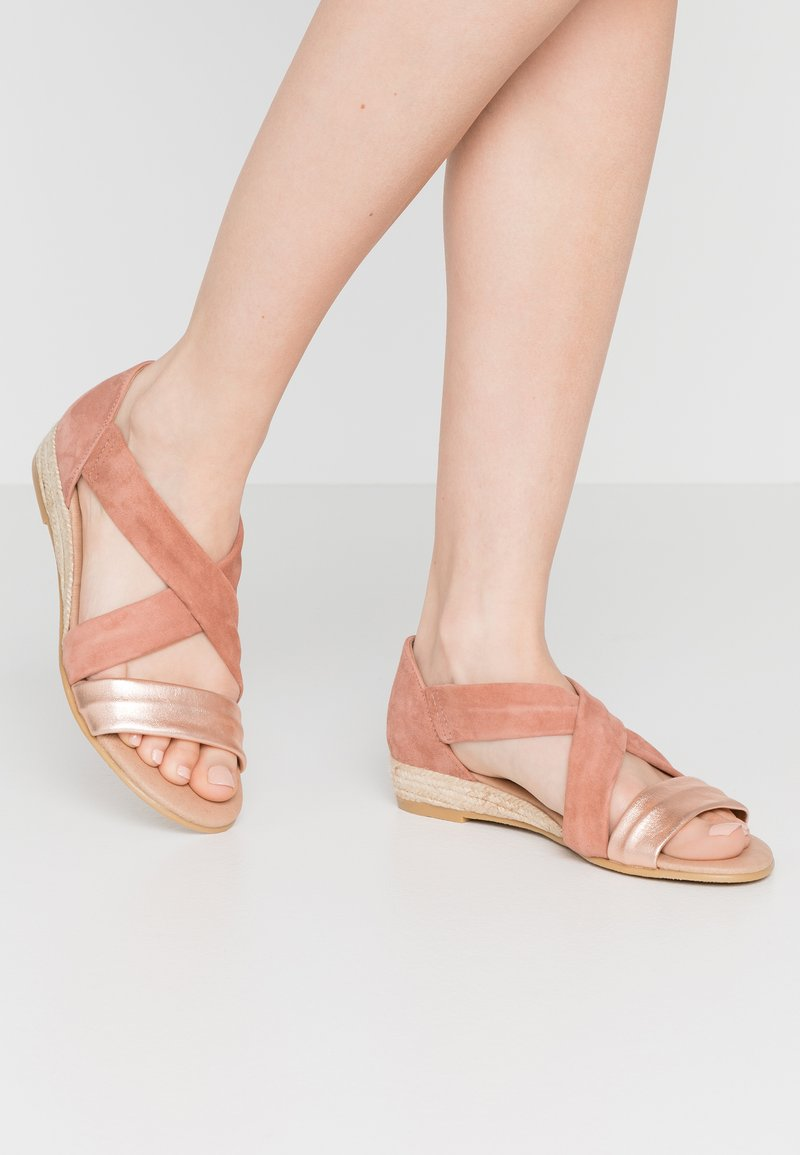 Office - HALLIE - Wedge sandals - terracotta/rose gold