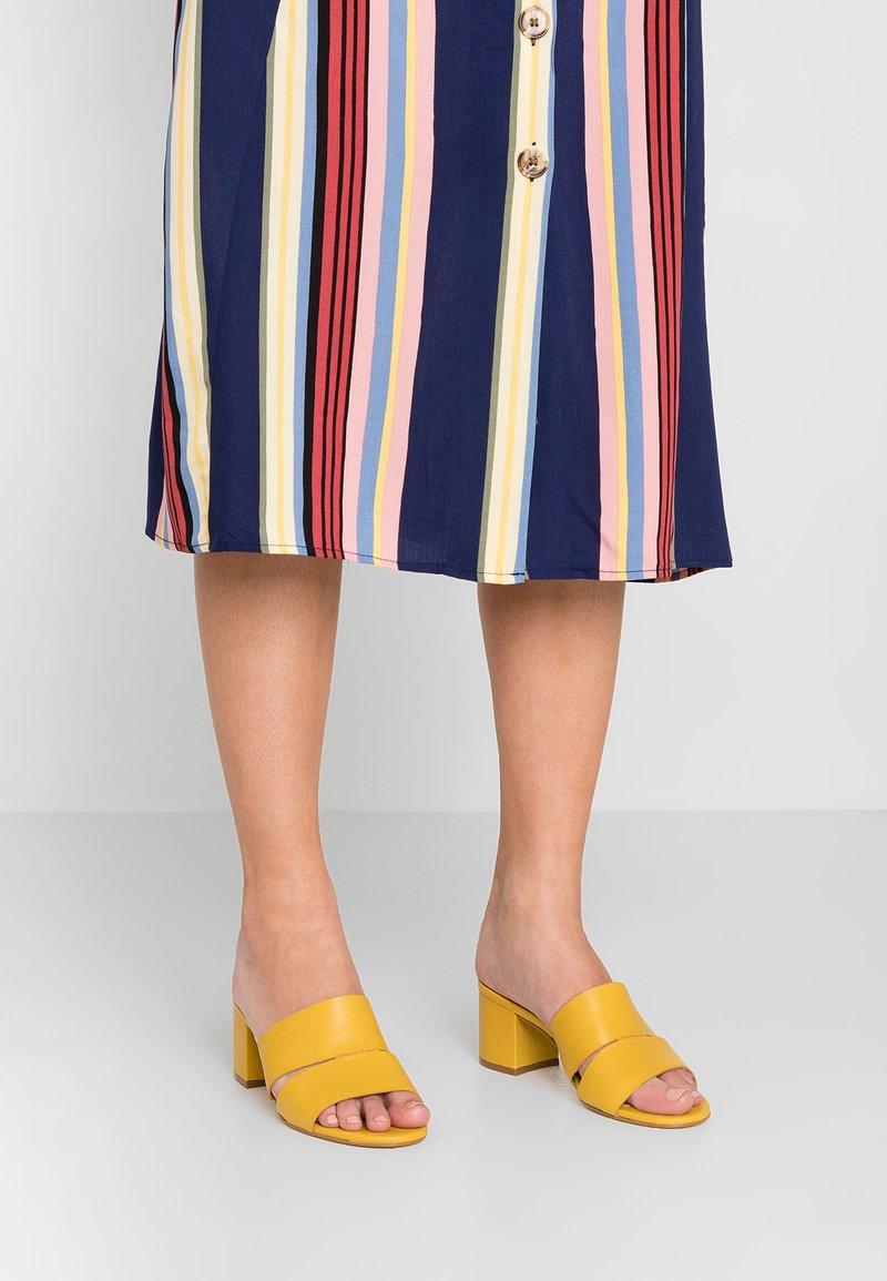 Office - MALENA - Pantolette hoch - yellow