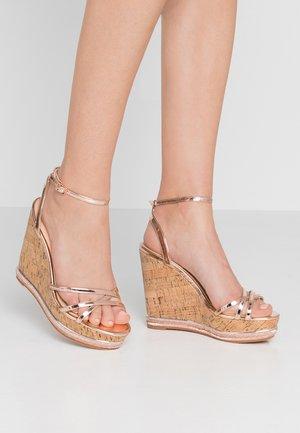 HONCHO - Korolliset sandaalit - rose gold