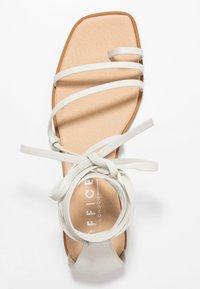 Office - SEAWEED - Sandály s odděleným palcem - white - 3