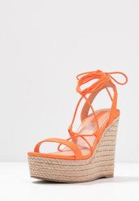 Office - HULA - Sandály na vysokém podpatku - orange neon - 4