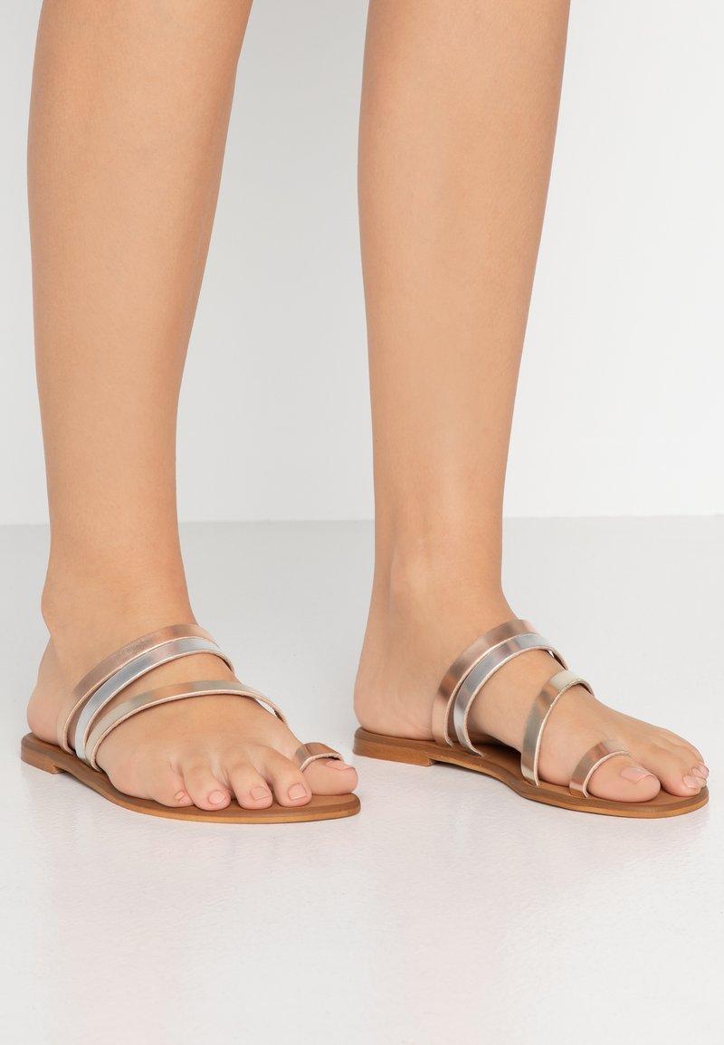 Office Wide Fit - SEVILLE WIDE FIT - T-bar sandals - metallic