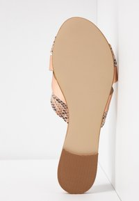 Office Wide Fit - SAFFRON WIDE FIT - Sandalias planas - nude - 6