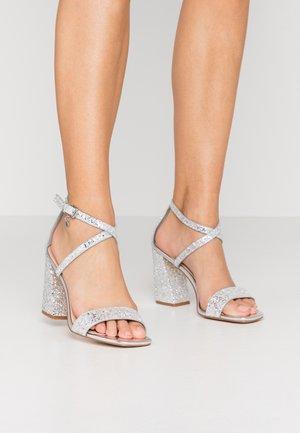 HEAVEN-SENT - Sandaler med høye hæler - silver glitter