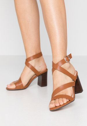 MAROON - Sandals - tan