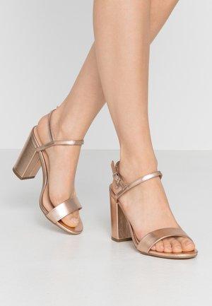 HERO - Sandaler med høye hæler - rose gold