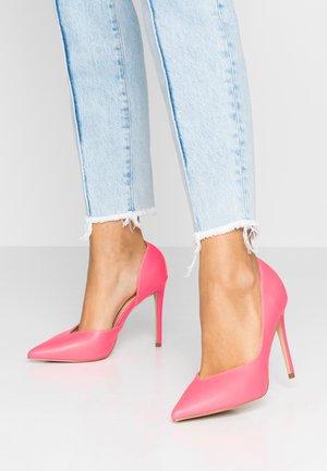HEIGHTON  - Hoge hakken - pink neon