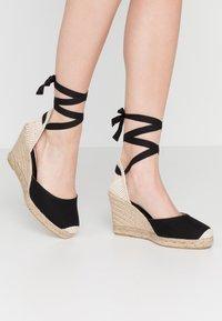 Office Wide Fit - MARMALADE WIDE FIT - Sandály na vysokém podpatku - black - 0