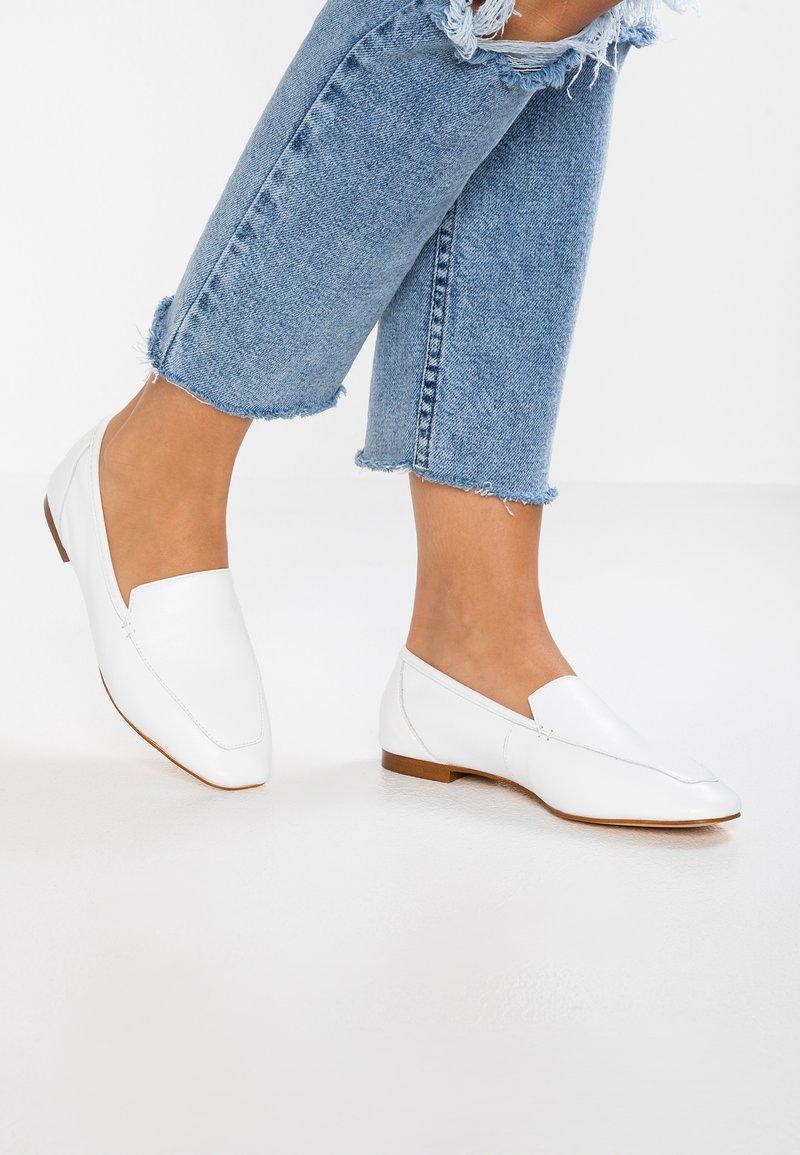 Office - FLORA - Slipper - white