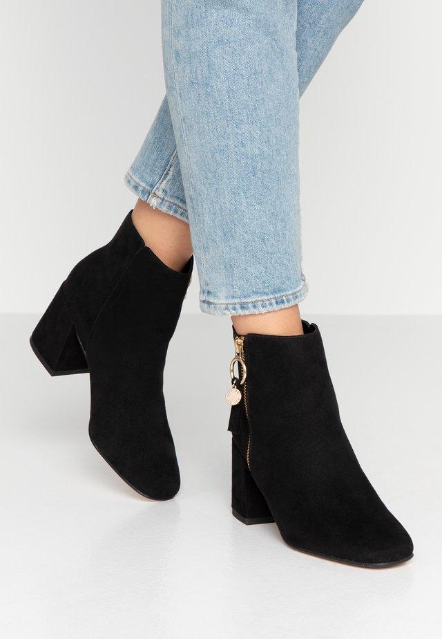 ANTHEA - Boots à talons - black