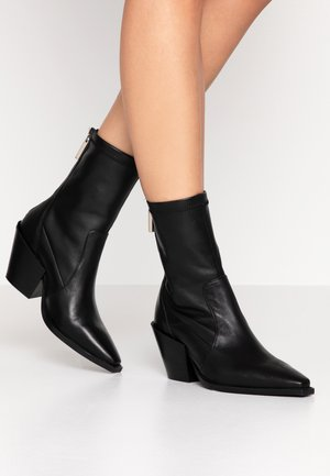 ASHEN - Cowboy/biker ankle boot - black