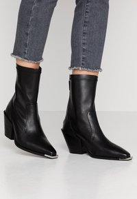 Office - ASHEN - Cowboy/biker ankle boot - black - 0