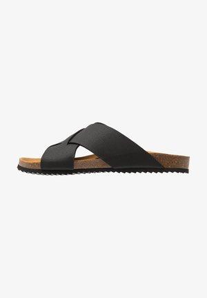 FIJI FOOTBED - Domácí obuv - black