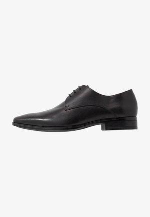MICRO DERBY - Zapatos con cordones - black