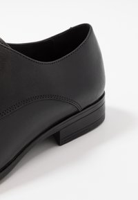 Office - MICRO DERBY - Smart lace-ups - black - 5