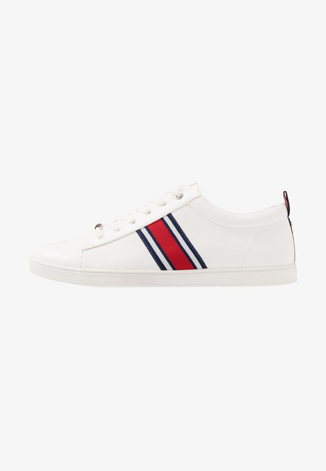 CHASE TRAINER - Sneakers - white